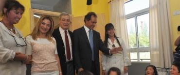 Scioli recordó a Kirchner inaugurando escuelas
