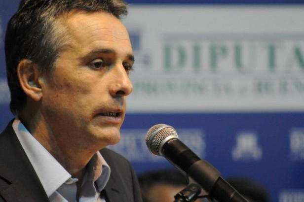 Impulsan proyecto de ley que baja a 21 años la edad para ser concejal en la provincia de Buenos Aires