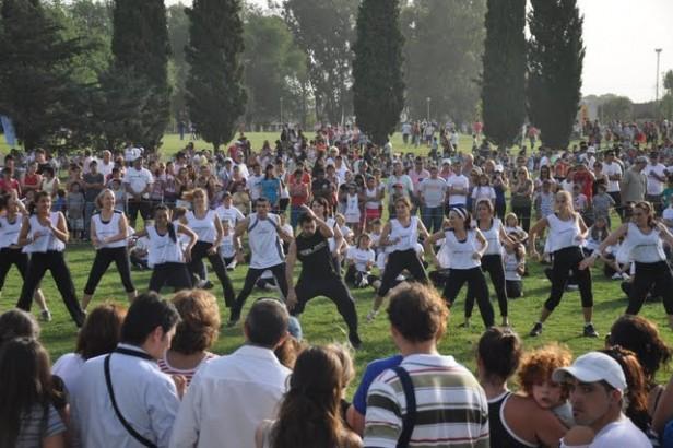 Ensayo de la coreografía del Mami Gym para la Fiesta de Olavarría