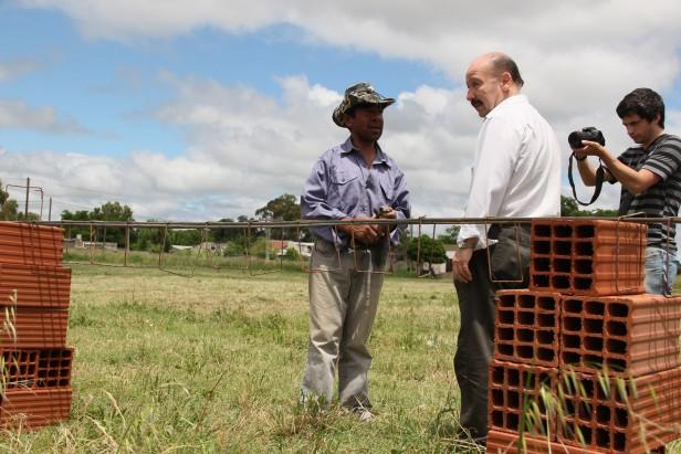 Azul: Inza recorrió junto a funcionario nacionales la construcción del San Martin de Porres