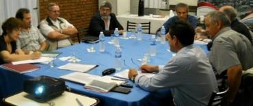 El Intendente firmó un convenio sobre seguridad y cuidado del medio ambiente con empresarios locales