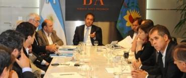 Scioli y su gabinete con las entidades Rurales