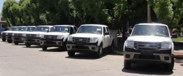 General Alvear: La municipalidad recibió siete camionetas 4x4