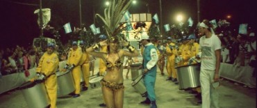 Corsos: otra noche de fiesta multitudinaria