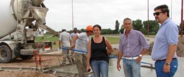 El Gobierno Municipal avanza con la obra de pavimentación en el acceso al barrio Eucaliptus