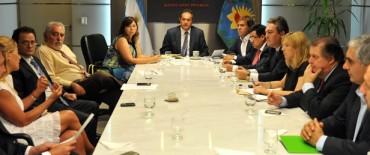 Scioli en reunión de gabinete, con eje económico