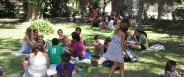 La Madrid: 4º Encuentro de Natación del Programa Verano Municipal 2013