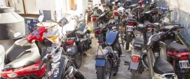 Azul: falta de documentación y casco son las principales causales de secuestro de autos y motos