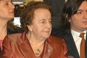 Falleció la madre de Néstor Kirchner, María Ostoic