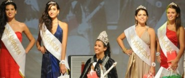 Carnaval: Juliana Serra, de 25 de Mayo, es la nueva reina provincial