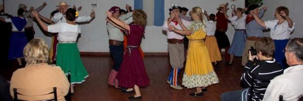 """El ciclo """"Nuestra Cultura"""" fue recibido por los vecinos de Villa Aurora"""
