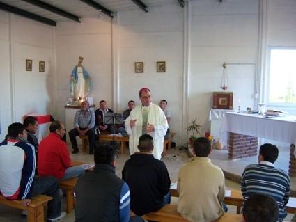Monseñor Salaberry ofició la Santa Misa en la Unidad Nº 38