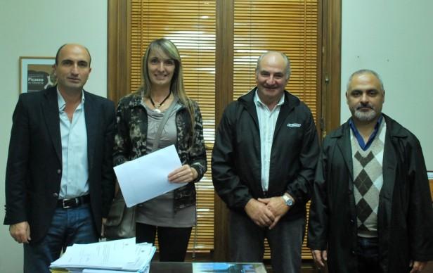 El Municipio entregó un subsidio para la realización de la Kreppelfest