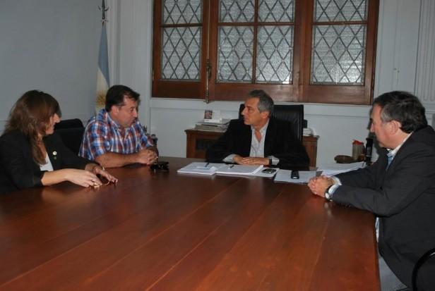 Eseverri recibió a las autoridades del Colegio de Ingenieros Distrito III