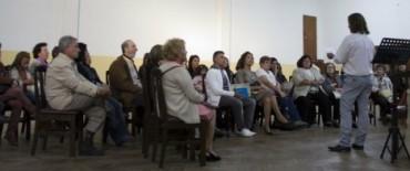 Se presentaron publicaciones de los alumnos de la Escuela Municipal de Letras y el Taller Literario Alfonsina