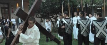 """Vía Crucis en el Centro Cultural Municipal """"Hogar San José"""