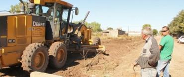 Mejoras en los barrios: importante operativo de arreglo de calles y limpieza en Villa Piazza