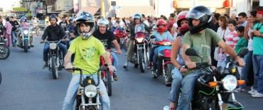 Azul: se está desarrollando el XXIV Encuentro Mototurístico