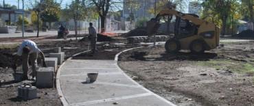 Se continúa trabajando en las reformas de la Plaza Pablo Fassina