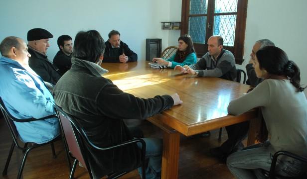 El Consejo Municipal de Artesanos tuvo su primera reunión