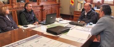 Azul: el INTA le presentó al Intendente un documento con criterios para regular el uso de agroquímicos
