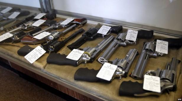 Prohibirían por tres años la venta de armas