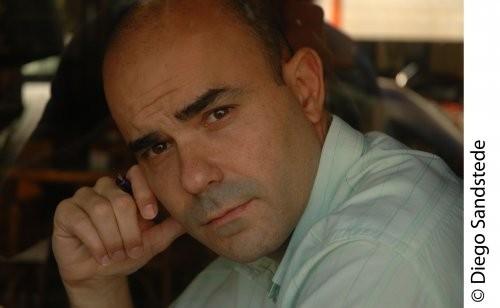 """El escritor Eduardo Sacheri abrirá la 22° Muestra Libros en Olavarría """"Todos con el libro"""""""
