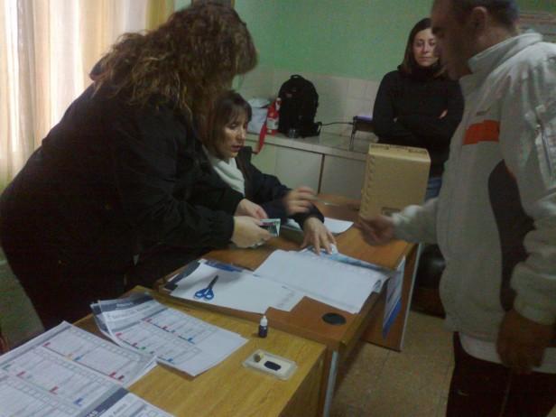 Votaron detenidos en las cárceles de la provincia