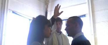 Interno de la Unidad Nº 38 se casó en la Iglesia de la Penitenciaría