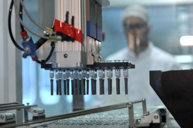 La provincia donó vacunas doble adulto  de producción propia al Ejército Nacional