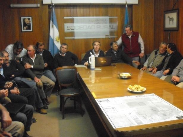 REUNION DE PRODUCTORES LECHEROS EN OLAVARRIA