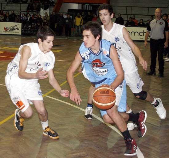 El basquet de 1º se juega entre domingo y lunes