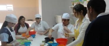 """Actividad práctica en el Centro de Formación Integral """"La casa de Helen"""""""