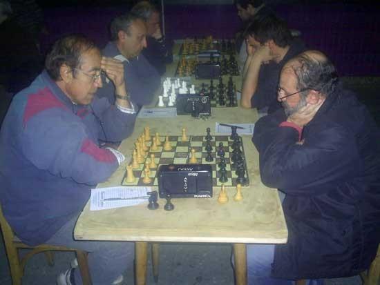 Ajedrez. Pereyra puntero del Abierto de la Unión Clasista