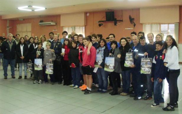El Municipio entregó Mesas de Tenis a escuelas