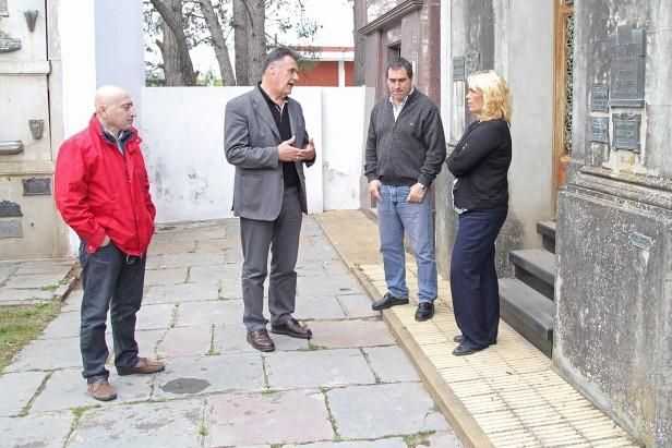 Azul: el Gobierno Municipal reforzará la seguridad en el Cementerio