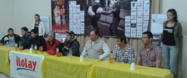 Victorias locales en el festival de boxeo en Pueblo Nuevo