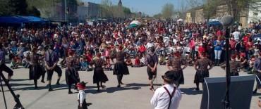 Multitudinaria fiesta de la Kerb en Colonia San Miguel