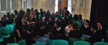 """Jornada sobre """"Bullyng"""" y """"Ciber Bullyng"""" con alumnos de los Colegios Cáneva y Libertas"""