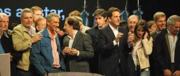 José Eseverri acompañó a Sergio Massa en el cierre de campaña
