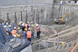 La construcción sigue a paso firme. Abunda la edificación de departamentos que son comercializados mediante el sistema de pozo