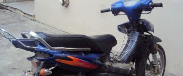 Hallaron una moto robada
